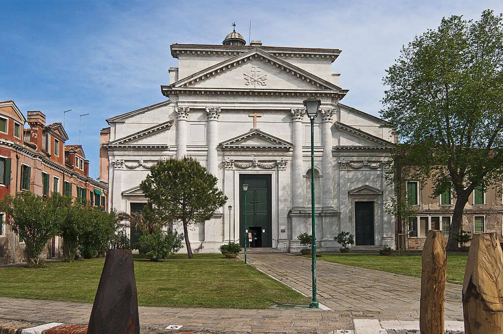 San_Pietro_di_Castello_Facciata